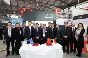 GLOBAL: MAN and CCS sign extensive technical cooperation agreement